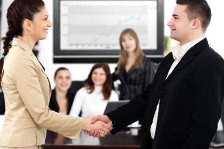 Совмещать работу и предпринимательскую деятельность не только можно но и нужно